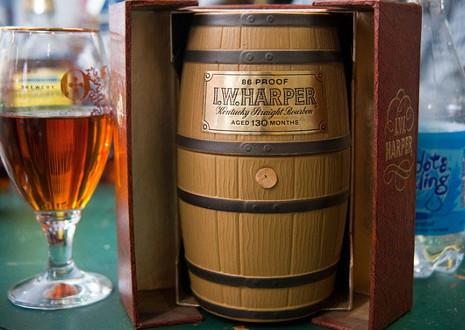 キリンI.W.ハーパー 樽型デキャンタ オールドボトル