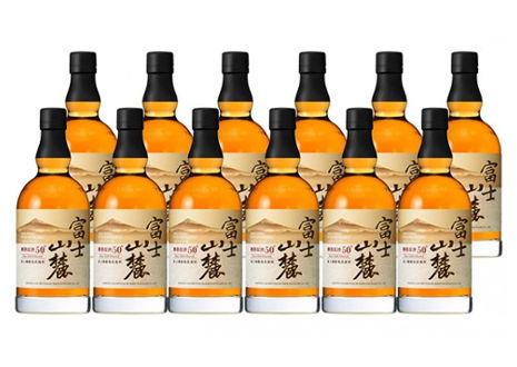 千葉県松戸市のお客様から富士山麓 樽熟原酒50度を12本宅配買取させて頂きました。