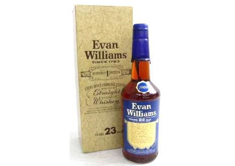 東京都清瀬市のお客様よりエヴァン・ウィリアムス23年旧ボトルを宅配買取させて頂きました。
