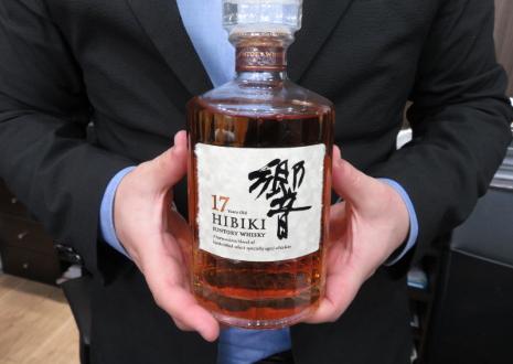 休売品ウイスキー「響17年」を26,700円でお買取り!