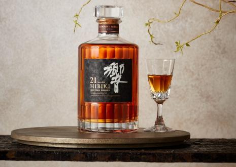響21年は数々の賞を受賞した高価なプレミアウイスキーです!